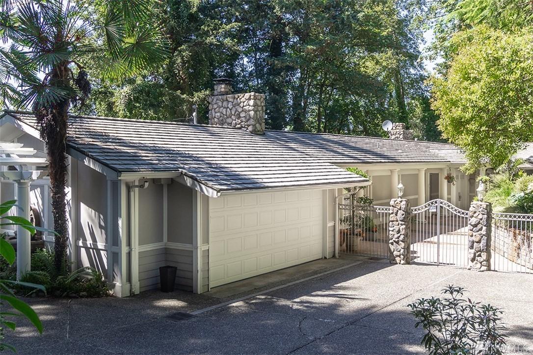 2471 109th Place NE, Bellevue, WA 98004