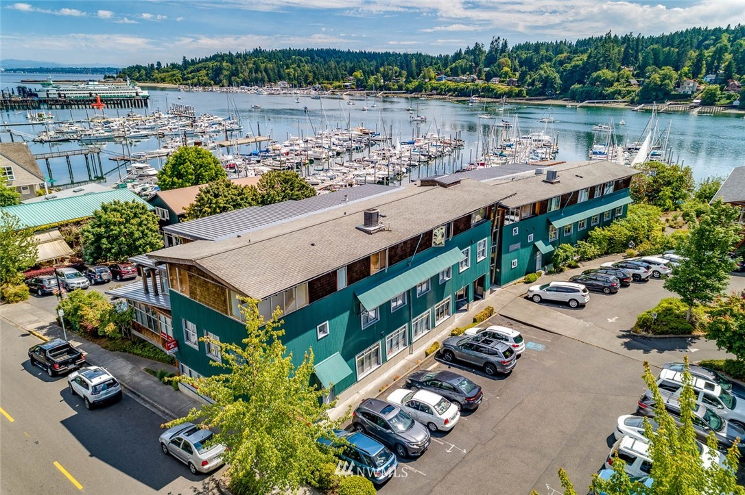 The Parfitt Building on Bainbridge Island's downtown waterfront is for sale for the first time. Designed by Cutler-Anderson Architects and built by Fairbank Construction Company in 2000, the Parfitt Building offers a rare opportunity to invest in one of the few office properties in Winslow's urban shoreline.