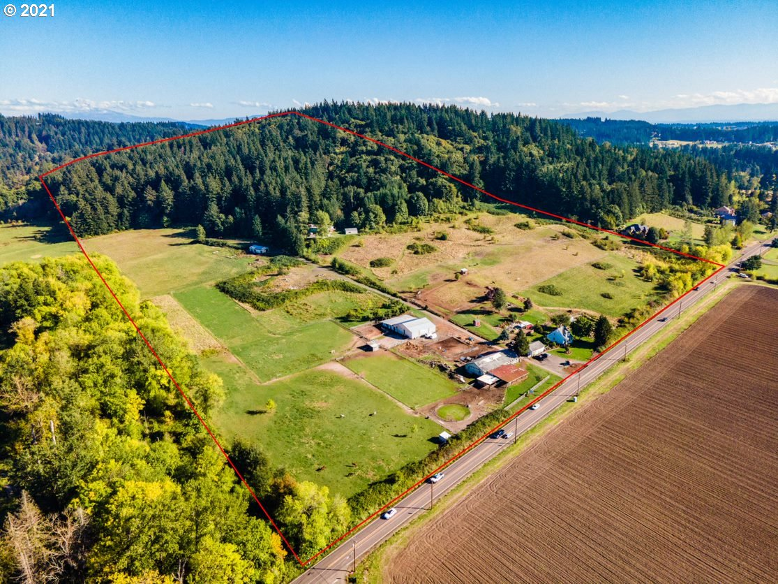 19131 SE FOSTER RD, Damascus, OR 97089