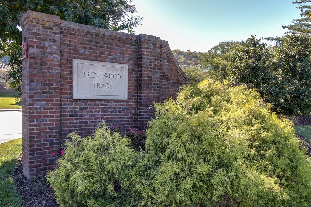 Location, Location, Location! Updated Ground Floor End Unit Condo In The Heart Of Brentwood, Refrigerator, Microwave, Washer & Dryer In Unit, Pool & Clubhouse, Minutes To Downtown Nashville, Walk To Target, Starbucks, Panera, Several Restaurants Nearby & Shopping At The Hill Center.