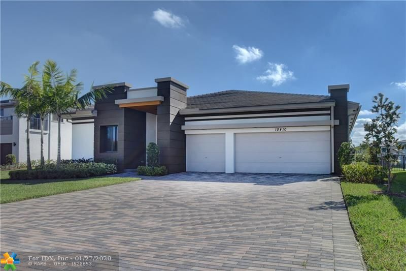 Gorgeous Crimson Model with many upgrades! 1 Story 3,187sq ft. under A/C - 4,063 Total sq.ft. Brand New Never Lived in! Home Features Porcelain tile throughout entire home including bedrooms. Open Floor Plan with amazing long lake view....One of the best lake views in Cascata....located on a Cul De Sac. Better then buying from the builder, no builders fee and all the upgrades included! This home will not disappoint! Split bedroom floorplan and grand master bedroom suite with tray ceilings will delight. Come see this home today!