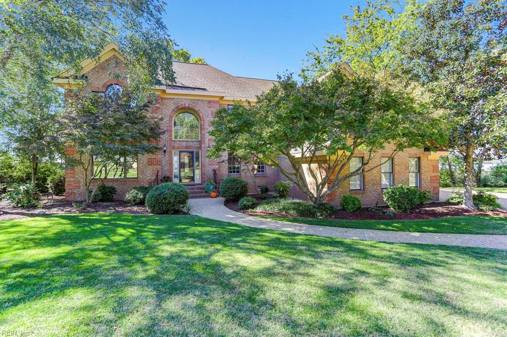 Outstanding 3 story brick one owner, approx 4,500 sf custom home on private waterfront lot on the James River! Outstanding waterviews from every room in the 5 bedrooms, 3.5 baths home! Open floorplan, turn key shape! 1st floor bedroom/bathroom, family room with fireplace, huge eat-in kitchen, mud room, oversized 2-car side load garage, 2nd floor has 4 bedrooms, 2 bathrooms, laundry room, (note huge Master Suite) 3rd floor Rec Room with 1/2 bath, huge deck, and sunsets to die for!