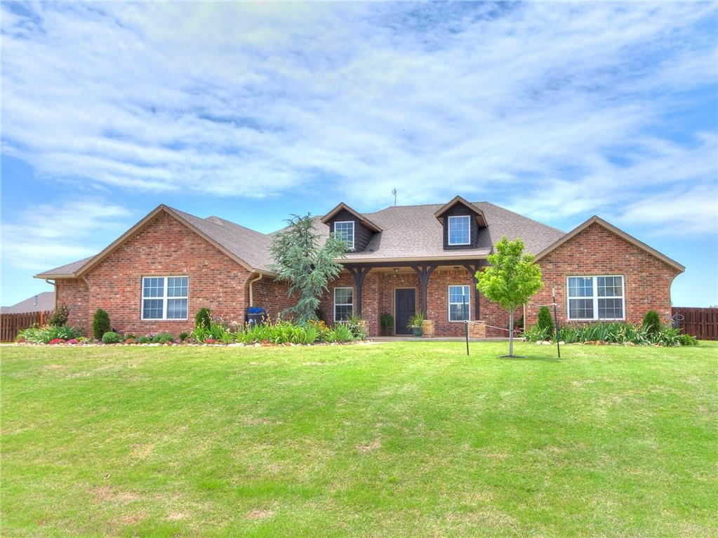 Beautiful 4 bed PLUS a study, 2.5 bath home in the gorgeous Deer Creek neighborhood, Antler Ridge. Open concept living, dining & kitchen with beautiful floors, corner fireplace and lots of windows for natural lighting. The kitchen has granite counters, stainless steel appliances, large breakfast bar & a pantry. The master suite has a large bathroom with corner jetted tub, large shower and a huge closet. There are even doors leading to the massive back patio. The patio includes curtains that can be drawn on those windy days. This home sits on .80 acre on a corner lot with a sprinkler system and beautiful flowerbeds full of color. It has had the following items replaced recently: hot water tank (2019), water softener (2018), RO system (2018) & a well pump (2020). You'll find new paint throughout and the sellers are offering a one year warranty! Don't miss this one!