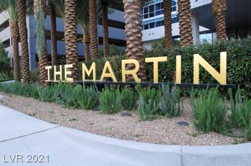 Enjoy luxury highrise living just off of the strip with views of the strip . This 2 bedroom residence has an open floor plan with views from the living room and master bedroom. Full kitchen with granite countertop and stainless appliances . The community has many amenities including a fitness room, pool/spa and more.