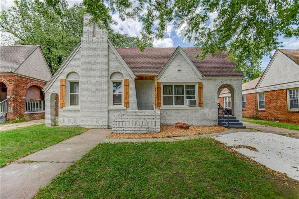 2423 NW 11th Street
