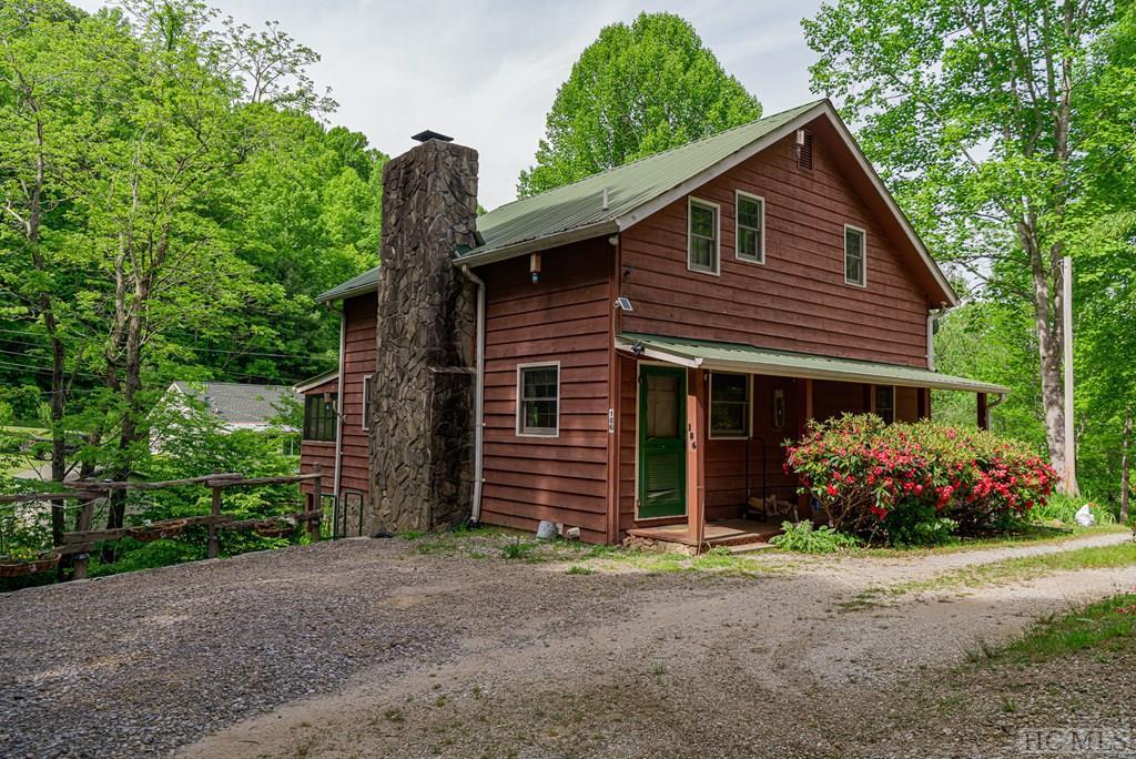 186 Hemlock Creek Drive, Franklin, NC 28734