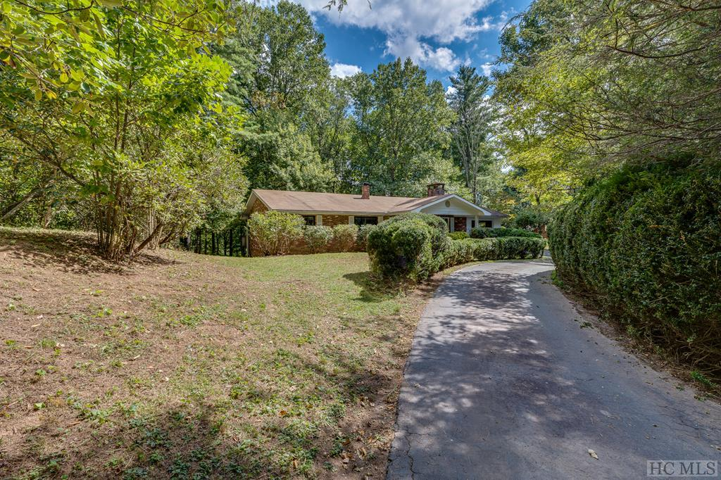 88 Lower Carriage Hill Drive, Highlands, NC 28741