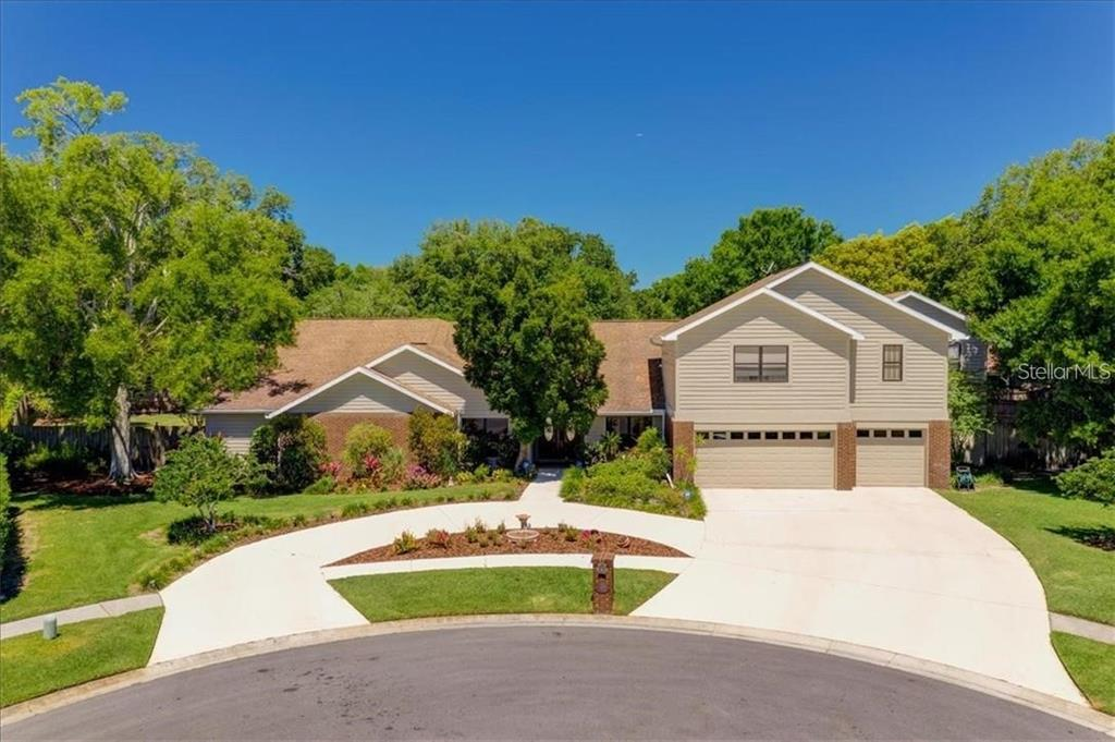 14804 Grimsby Place, Tampa, FL 33618