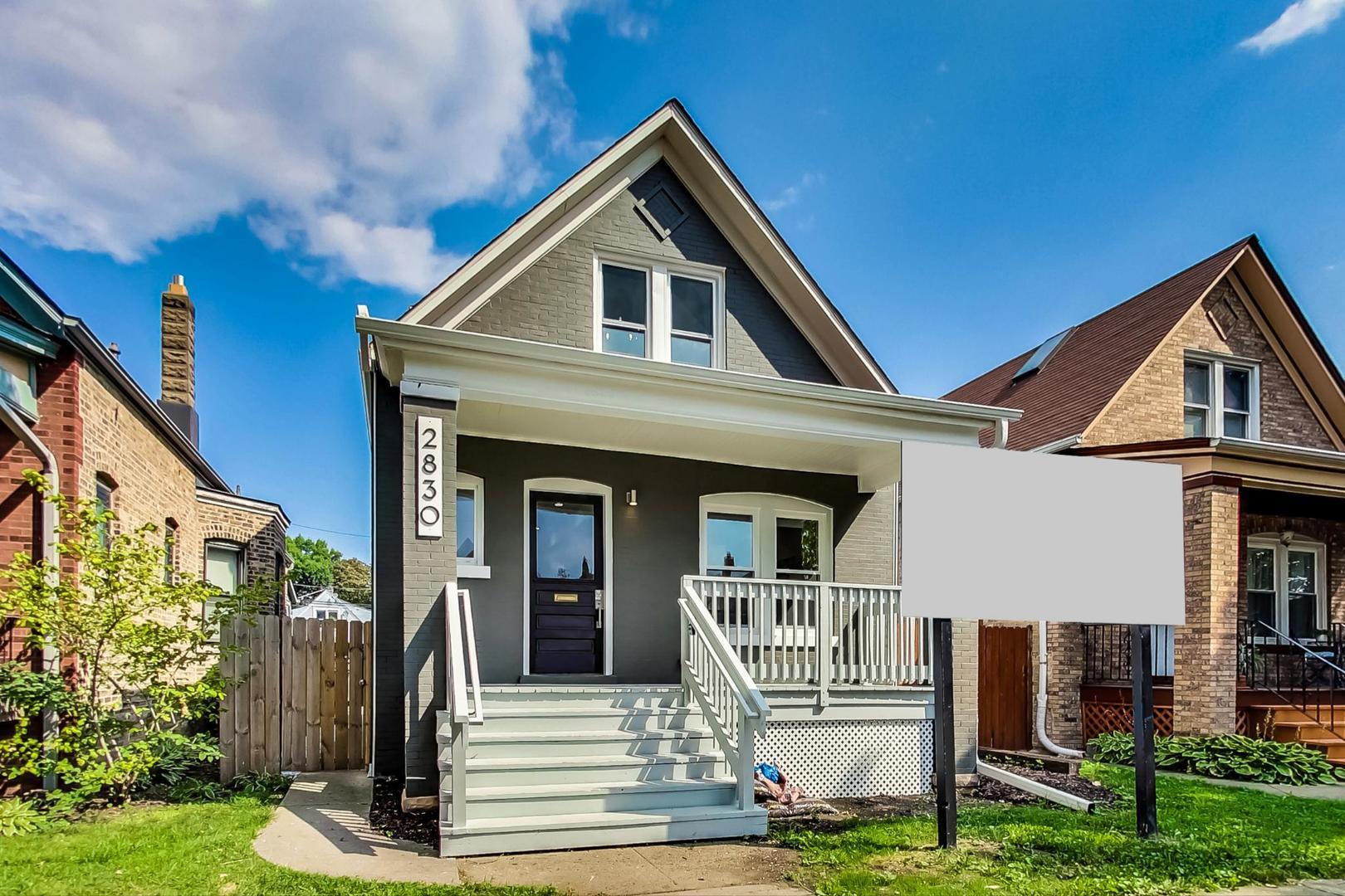 2830 W Barry Avenue, Chicago, IL 60618