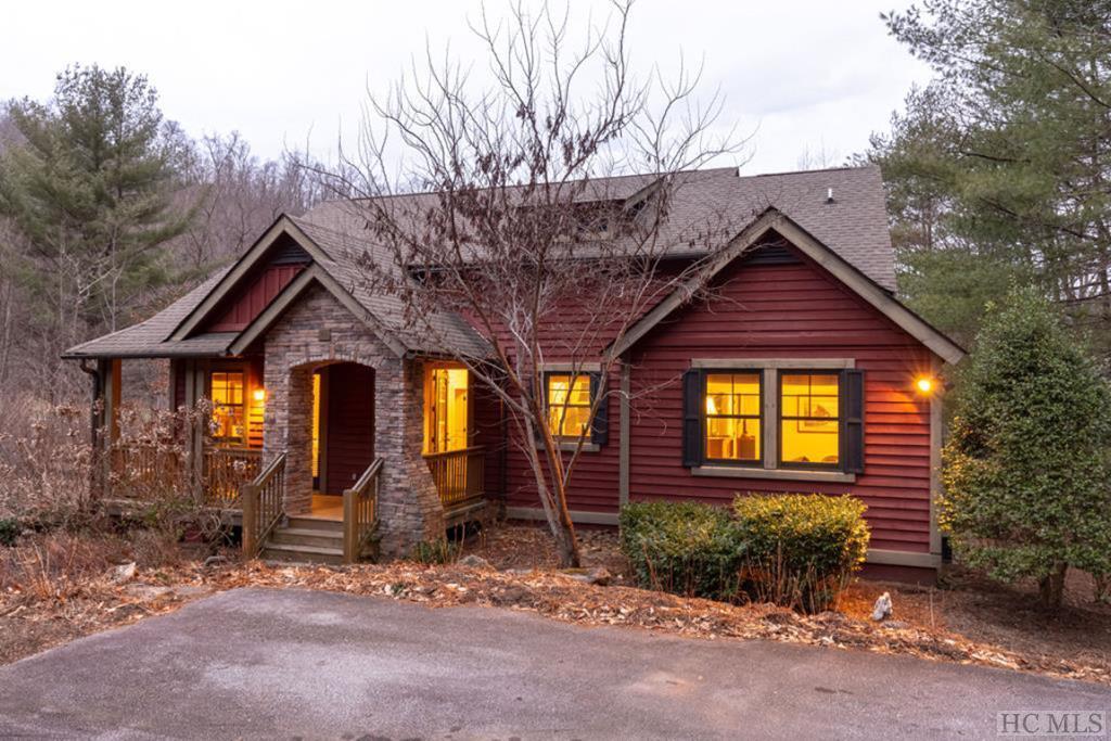 80 Mill Pond Drive, Tuckasegee, NC 28783