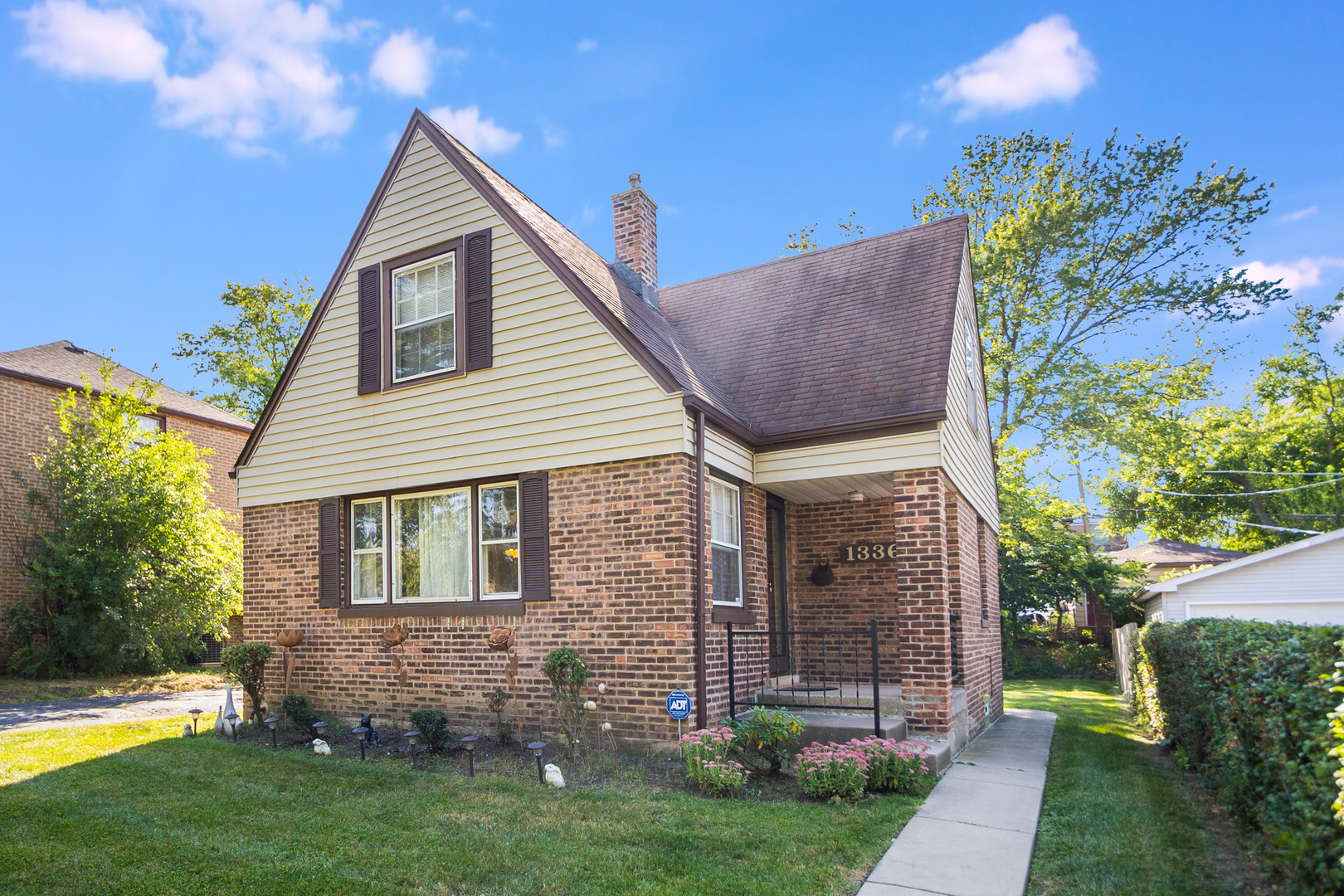 """NESTLED ON QUIET HEIDORN AVENUE IS THIS BEAUTIFUL 1 1/2 STORY 3 BEDROOM, 1 BATH HOME THAT'S READY FOR NEW OWNERS! MASSIVE UNDERTAKING OF IMPROVEMENTS IN THE PAST FEW YEARS INCLUDING HVAC 2018, ALL HARDWOOD FLOORING REFINISHED IN 2018, SUMP PUMP 2021, HUMIDIFIER & SOME APPLIANCES. TRADITIONAL L-SHAPED LIVING/DINING ROOM WITH WARM INVITING COLORS/SURROUND SOUND  & NEW LIGHTING. THE KITCHEN HAS 32"""" OAK CABINETS REPAINTED WHITE/NEW QUARTZ COUNTERTOPS & BACKSPLASH. 2ND FLOOR HAS 2 LARGER BEDROOMS INCLUDING MASTER BEDROOM W/BUILT-IN ENTERTAINMENT AREA & GOOD CLOSET SPACE. FINISHED BASEMENT HAS LAUNDRY CLOSET/GLASSBLOCK WINDOWS/POSSIBLE 4TH BEDROOM OR OFFICE IN BASEMENT AND FAMILY ROOM. 3 SEASON ROOM OFF REAR OF THE HOME THAT'S SCREENED. SIDE DRIVE LEADS TO DETACHED 2 1/2 CAR GARAGE."""