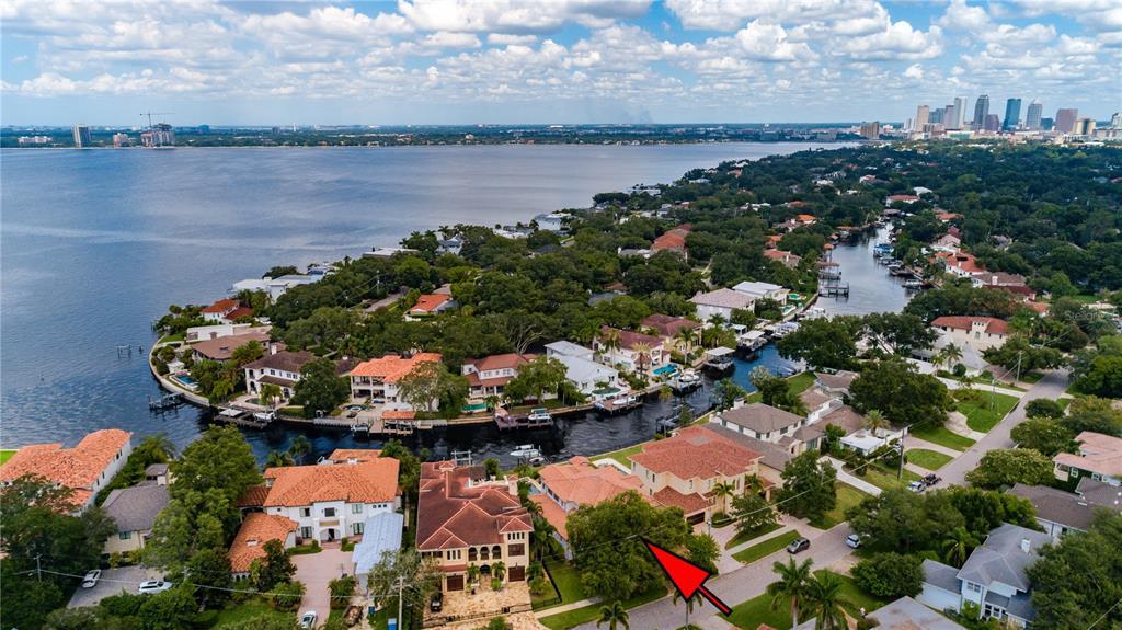 58 Martinique Avenue, Tampa, FL 33606