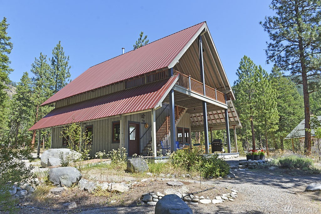 Perfect Mazama Cabin off scenic Goat Creek, steps from ski trail network and Mazama Store. Lovely quiet setting in gracious Goat Creek Run, the best and last of 6 offerings centered around Goat Creek with approx 8 acres of common area. Beautiful top-floor setting, ultra-comfortable living spaces filled with fine Cherry built-ins and 10' ceilings. Fireplace in Great Room & Master. Excellent ultra-clean main-floor garage/bath/utility with Pella windows. Available for use as legal nightly rental.