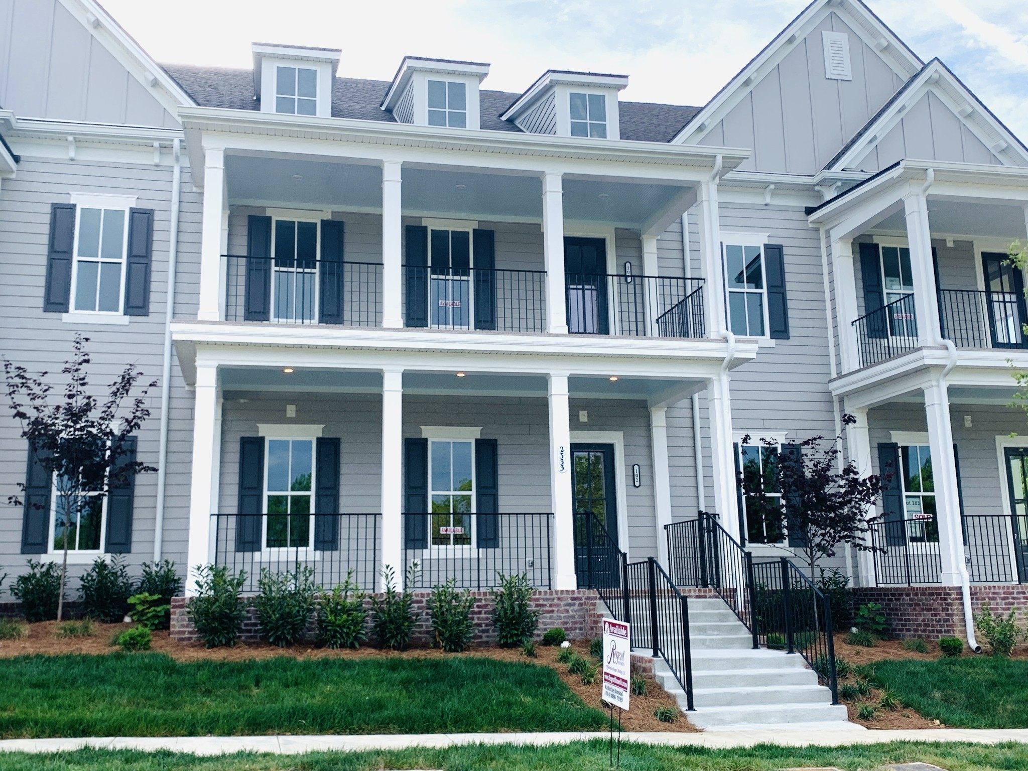 This CONDO building is currently under construction, going into sheetrock, two bedroom, 2 bath, roommate plan, open concept living, large  porch, gourmet kitchen with island, Selections can still be made. Parking available for residence. End unit First Floor