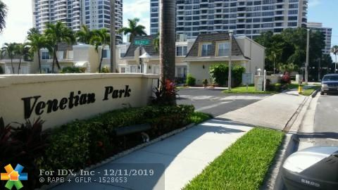 SPACIOUS 2 STORY 3 BED 2&1/2BATH CORNER TOWNHOUSE LOCATED IN BEAUTIFUL VENETIAN PARK (3 ISLANDS). UNIT IS TILED THROUGHOUT. NEW KITCHEN  WITH STAINLESS STEEL APPLIANCES, WOOD CABINETS, QUARTZ COUNTERTOP, UPGRATED BATHROOMS, STYLISH UPGRADES & NEW A/C UNIT. COMPLEX HAS OLYMPIC SIZE SWIMMING POOL, CLUB HOUSE, EXERCISE ROOM & SAUNA. CLOSE TO EVERYTHING. L-AGENT HAS MORE DETAILS.EZ TO SHOW