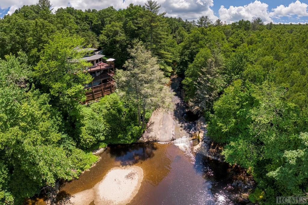 97 Twin Kettle Falls, Glenville, NC 28736