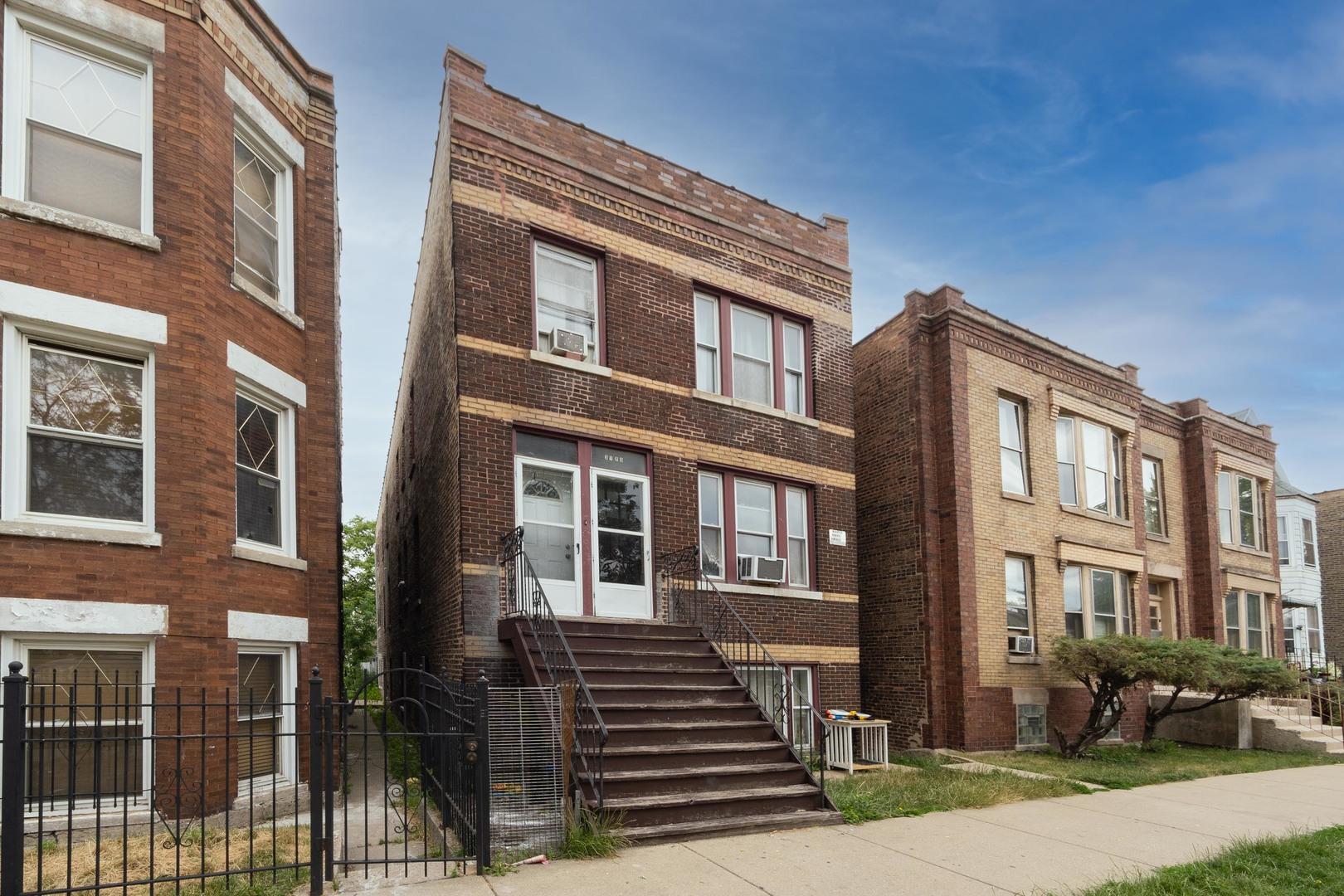 3126 W 38th Place, Chicago, IL 60632