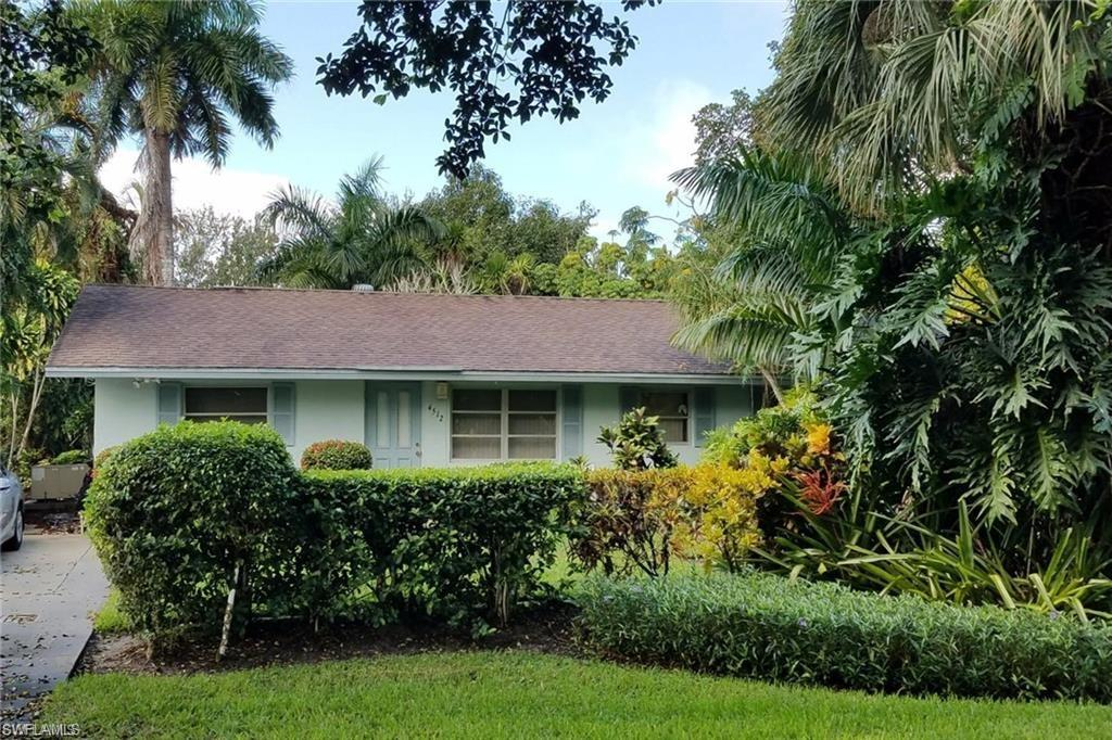 Strategic location minutes from down town 5th Ave, beaches, shoppes and restaurants, next to Lake Park area, woody and fresh, wait no more and start making rental income in Naples, FL