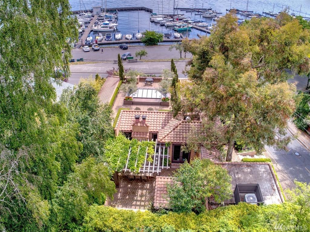 303 Lake Washington Blvd, Seattle, WA 98122