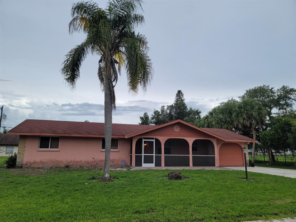 1404 21St Avenue E, Bradenton, FL 34208
