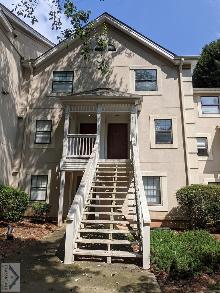 This one won't last long! Vacant, 2 bedroom, 2 bathroom, 2 story condo only 1 mile from downtown and UGA. Great location! This unit has newer flooring and HVAC units. Great property to call HOME, or to use as an investment property. The average rent in Appleby Mews is $1,000/mo