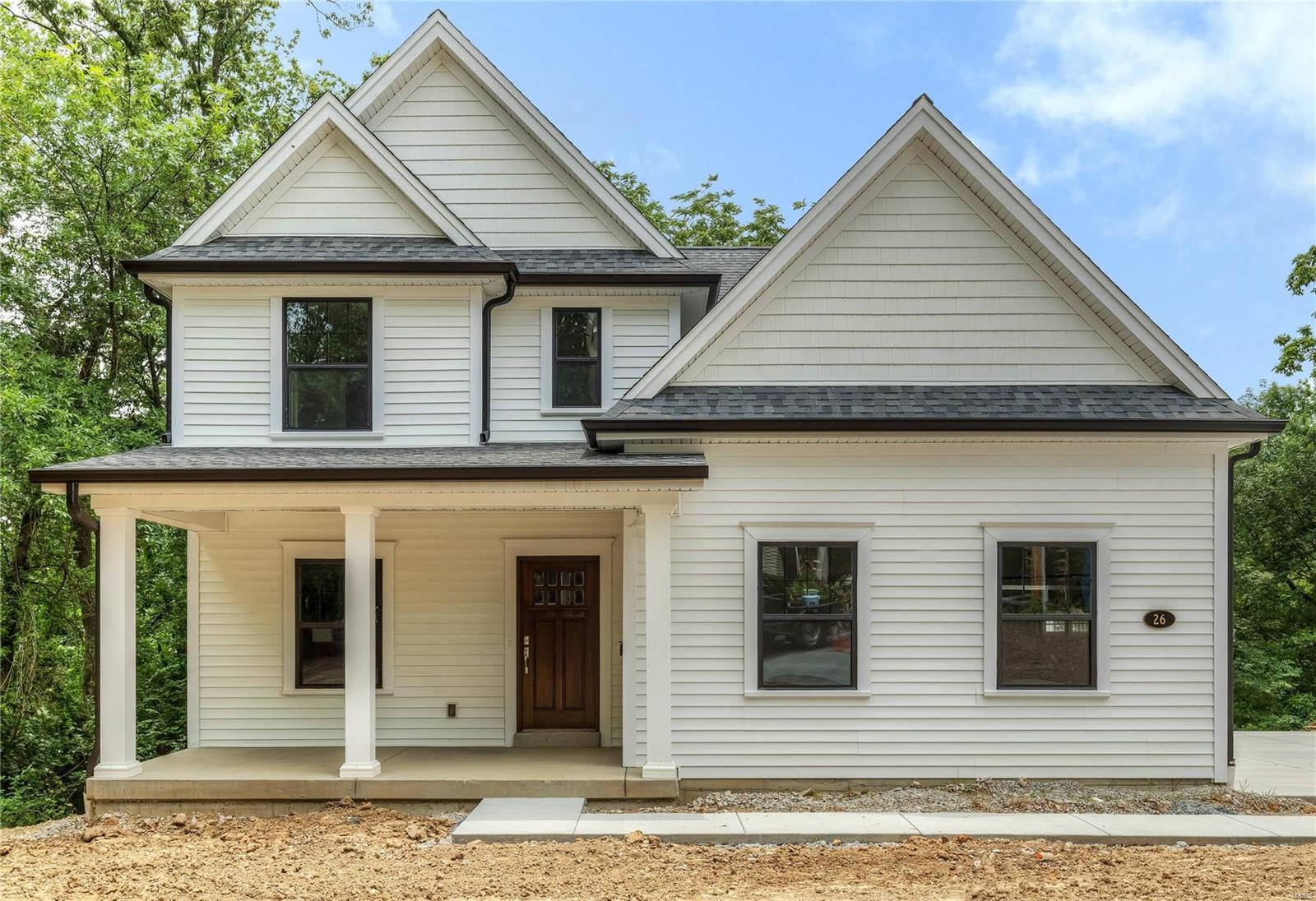26 Summit Place, Webster Groves, MO 63119
