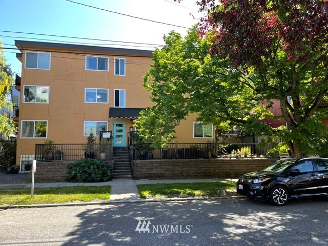 Solid multi-family investment located in the best part of Capitol Hill.  One block from Broadway and the rapid transit station.  Well cared for with no deferred maintenance.  Elevator.  First time on the market in 30 years.