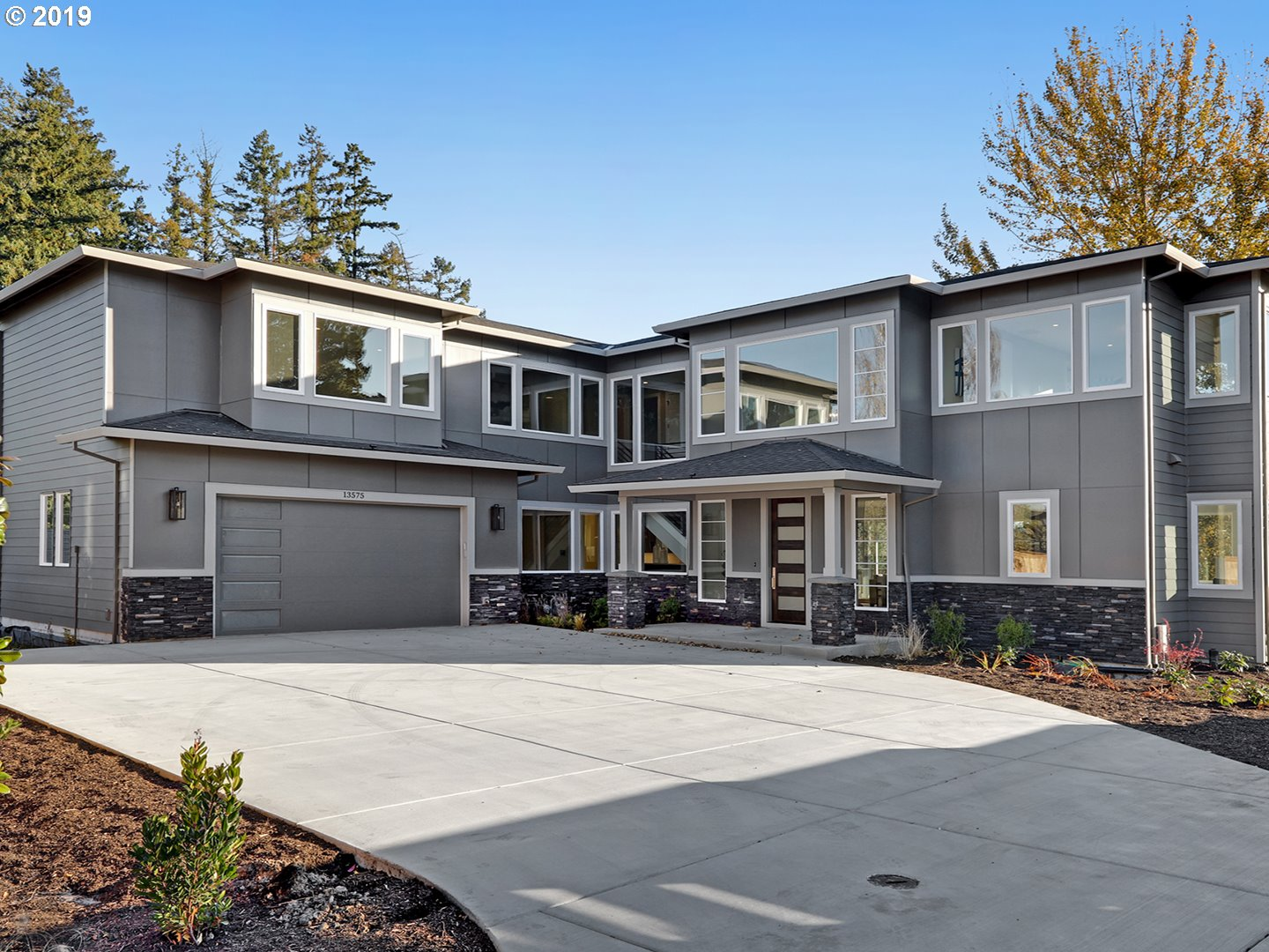 Stunning NW contemporary w/great room floor plan, gourmet kitchen & 4 bd/2.5 bth + Den or 5th Bed on main +upper Bonus Room. Custom upgrades throughout:Crestron Smart Home system w/wired sound to almost all rooms, SubZero fridge, Wolf 6 burner range, Asko dishwasher, beverage fridge in quartz slab island & built-ins in all closets. Spectacular master suite w/ freestanding tub & walk-in closet. Conveniently located in central Beaverton.