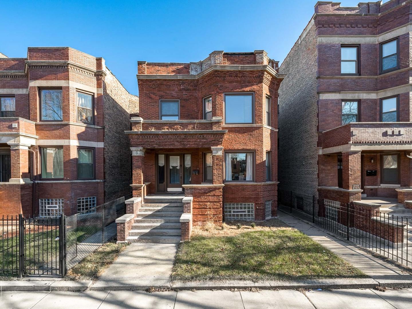 6127 S Saint Lawrence Avenue, Chicago, IL 60637