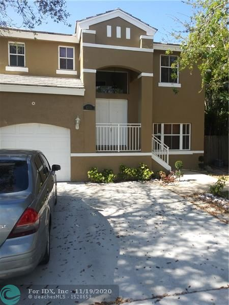 This 3 bedroom 2.5 bathroom home is equipped with marble tile floors on the main floors and wood laminate on the second floor. Closet spacer  to spare , updated bathrooms  . Patio of the master bedroom offers a breath taking  view of the coral bay community lake . This will not last call for appointment. Seller will consider helping with  closing .
