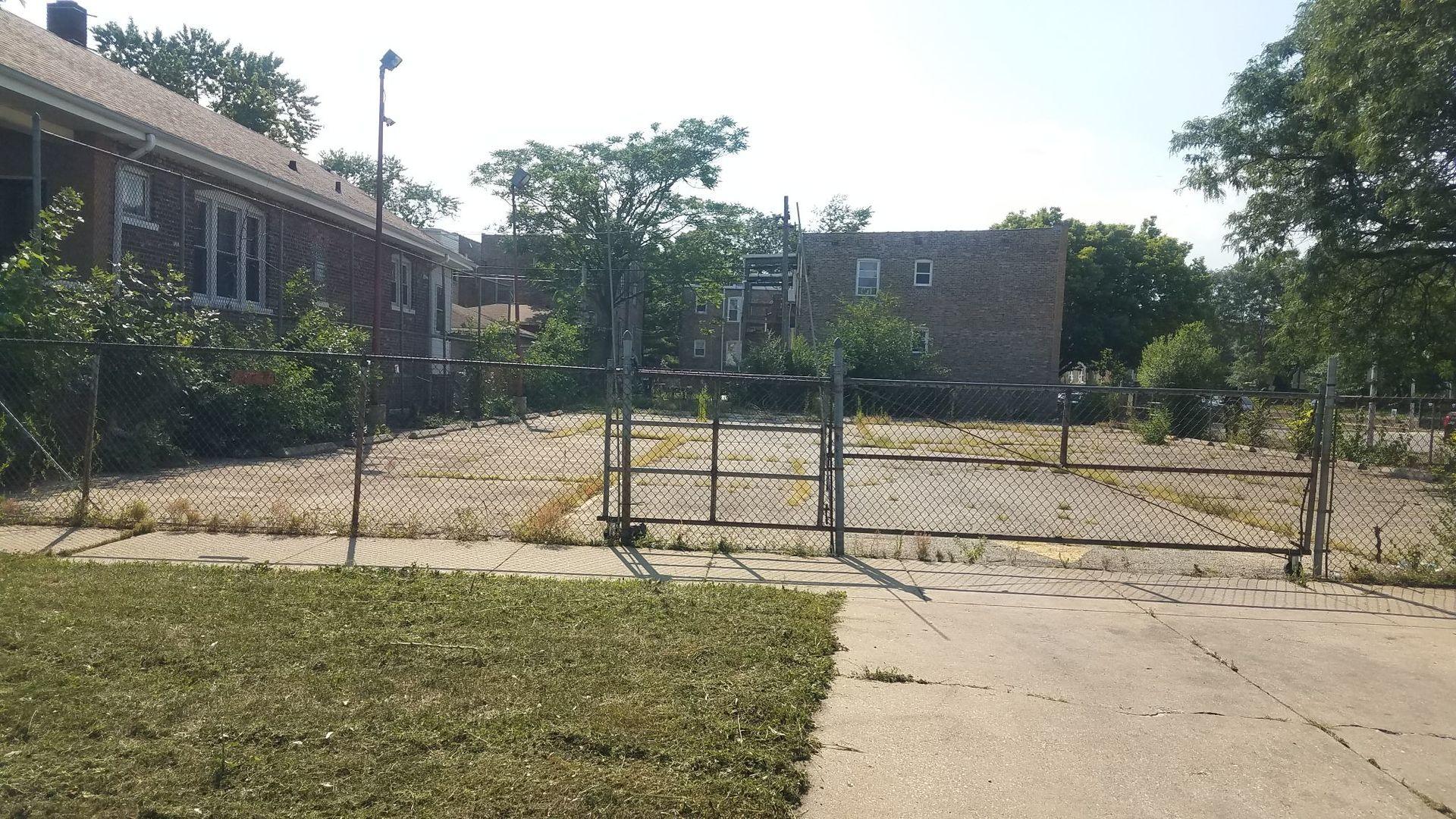 1100 S Menard Avenue, Chicago, IL 60644