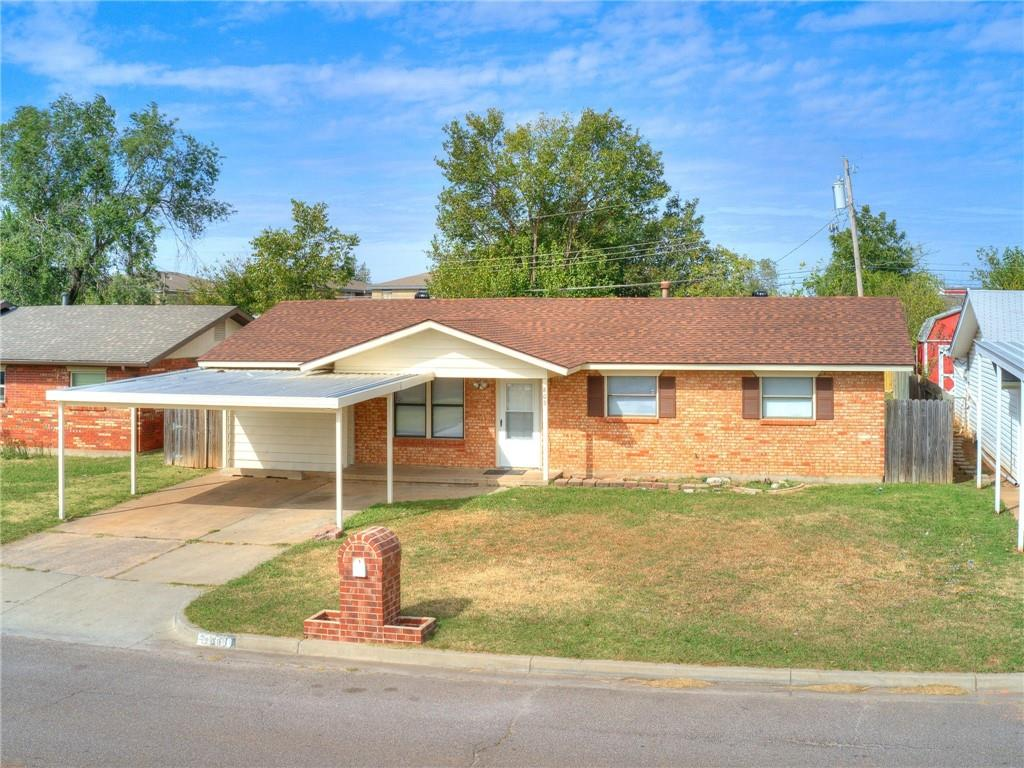 """""""AFFORDABLE AND ADORABLE"""" Clean and move-in ready.  Nice size living area and Kitchen.  NEW ROOF OCTOBER 2020, NEW PAINT INSIDE AND OUT. NEW CARPET THROUGH OUT. BIG BACK YARD WITH A 10X12 STORAGE BUILDING.  SCHEDULE YOUR PRIVATE SHOWING TODAY!! THIS JEWEL WILL NOT LAST."""