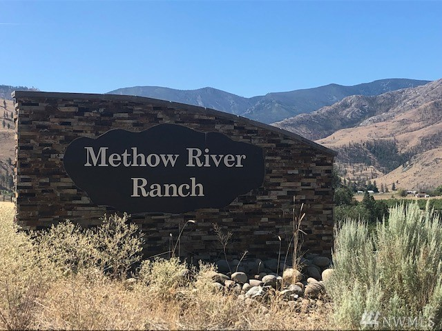 Big Sky Country view acreage overlooking the beautiful Methow Valley. This view acreage is served by power and privately maintained road. Gated entry to the development. The development offers access to the Methow River and clubhouse. CCR's