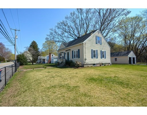 Move in Ready, 3 Bed, 1.5 Baths Newly Remodeled Cape in Seekonk. Granite Countertops and Stainless Steel Appliances, Gleaming Hardwoods Throughout, Large Fenced In Yard with 2 Car Garage. Septic is 3 Years Young. Centrally Located, Walking Distance to School, Close to Highways, Shopping and More!