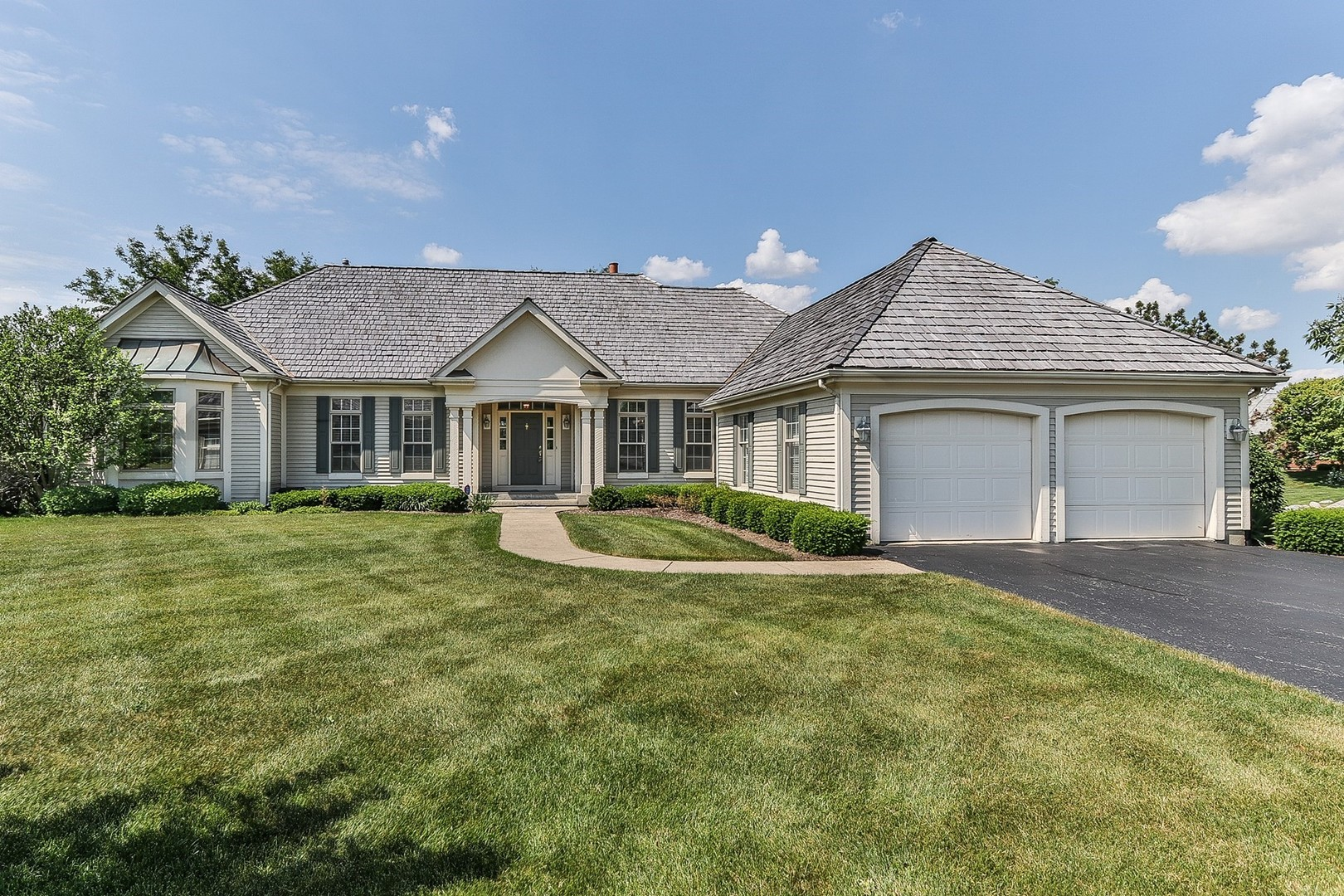6315 Holly Road, Libertyville, IL 60048