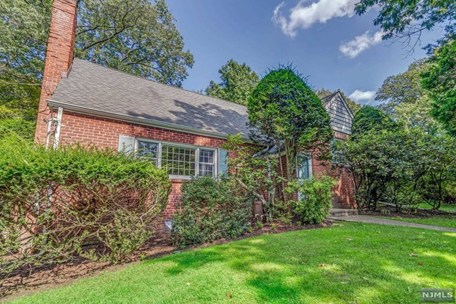 LOCATED ON ONE OF TENAFLY'S MOST COVETED EAST HILL STREETS.THIS RENOVATED HOME FEATURES 4 BEDRMS/3 FULL BTHS.UPON ENTERING THE HOUSE THERE IS A FRML LIVING ROOM W/FPL & FRENCH DOORS WHICH FLOWS INTO THE ELEGANT DINING ROOM.THE SUN-FILLED FAMILY ROOM W/FPL AND OVERSIZED WINDOWS OPENS TO THE CUSTOM KITCHEN W/ACCESS TO THE BEAUTIFUL PRIVATE LANDSCAPED BACKYARD.BOTH KITCHEN AND FAMILY ROOM OFFER RADIANT FLOORS.ON THE SECOND LEVEL THERE ARE 2 BEDROOMS,FULL BATH AND LINEN CLOSET.A FEW STEPS UP IS THE PRIMARY BEDROOM W/BATH.THE 4TH BEDROOM IS CURRENTLY SET UP AS AN OFFICE PERFECT FOR WORKING AT HOME.THE FINISHED LOWER LEVEL OFFERS A FAMILY RM/PLAYRM,FULL BATH AND ABUNDANCE OF STORAGE.TWO CAR ATTACHED GARAGE LOCATED ON ERNST STREET.BEAUTIFUL PRIVATED BACKYARD FOR OUTSIDE ENJOYMENT. CENTRAL AIR,HARDWOOD FLOORS,FULL HOUSE GENERATOR, NEWER WINDOWS AND SNOW MELTING ROOF.TENAFLY SCHOOLS,CLOSE PROXIMITY TO HOUSES OF WORSHIP,SCHOOLS,SHOPPING & MORE.A GREAT OPPORTUNITY IN TENAFLY!