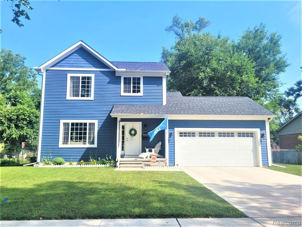 Don't miss this beautiful 3yr old, custom built, Craftsman style home on a vey large lot. This home offers many upgrades including gorgeous maple wood flooring & 9' ceilings throughout 1st floor. Taller premium constructed cabinets with soft closing drawers, granite countertops throughout and stainless steel appliances. Ceramic tile floors in both bathrooms, vaulted ceiling in master bedroom with his & hers closets and a full ensuite. The first floor laundry adds  even more convenience to this move in ready home. Full basement with egress daylight window so you can easily finish and count as living space. This lovely home has a very large, fenced yard and a new patio for entertaining.  Close to schools, shopping and express ways. Don't let this gorgeous home pass you by!