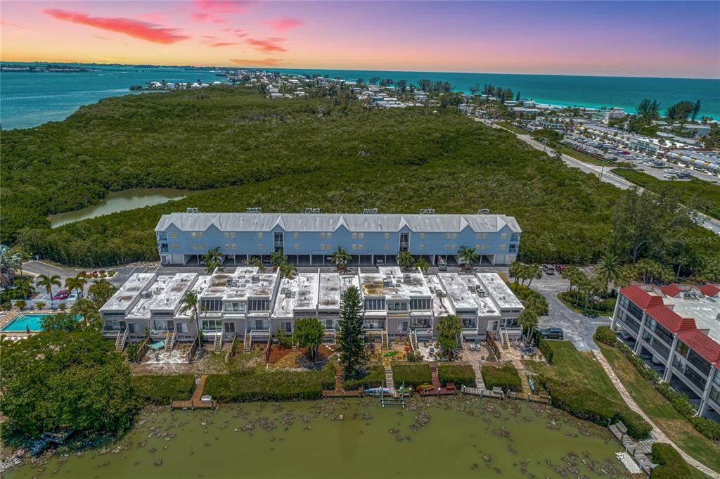 3607 E Bay Drive 101, Holmes Beach, FL 34217