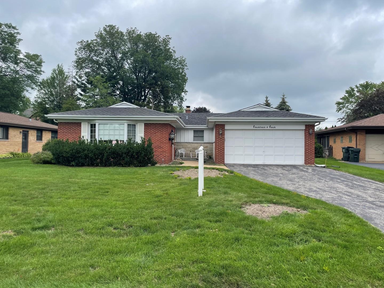 1404 Pendleton Lane, Glenview, IL 60025