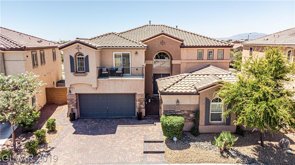 Fabulous 6 bed HM+Castia & 3car grg.Pool/spa,BB court,2 Covered patios,grass area,open backyard.2 balcony's.2 formal staircases,form liv rm w/ B/I bookshelves & stone fireplace,form din rm,Fam rm w/stone fireplace,2nd mstr dwnstrs w/full bath.Chefs kitch,granite cntrtps,2 islands,pantry,office nook,shutters,5 bds upstrs inclds Mstr w/2 closets w/Built-ins,sitting rm off mstr & balcony,Mstr bth remodeled,stone & glass tile,sep tub,shwr,gated comm