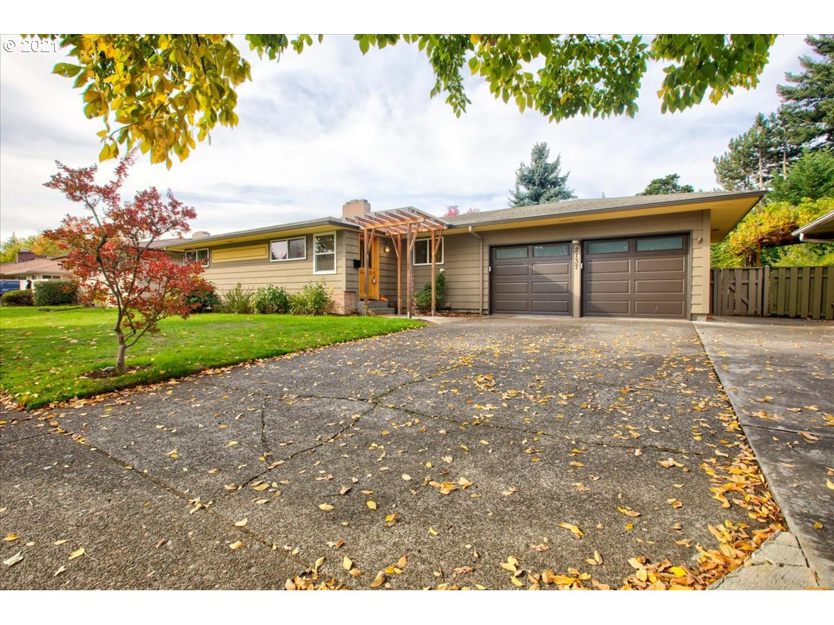 Offer deadline 10AM 10/27. Located near shopping, dining, transit & Adventist Health- beautiful updated mid-century modern in the heart Cherry Park. Extensive updates incl full kitchen & lwr bathroom remodel, electrical, plumbing, roof, furnace, tankless H20, windows & much more. Original hdwd floor, 2 fireplaces, fin basement w/LVT flooring, storage & ext entrance. The .22 acre lot features a fenced yard, raised beds, covered patio, fruit trees & shed. Home energy score: 6 OPEN SAT/SUN [Home Energy Score = 6. HES Report at https://rpt.greenbuildingregistry.com/hes/OR10195351]