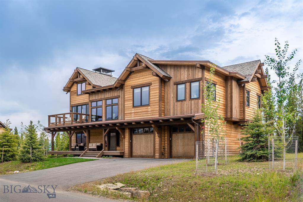 This stunning Ski in/Ski out home was completed in 2017 in the new Highlands Neighborhood of Spanish Peaks Mountain Club.  It has been professionally decorated and is offered fully furnished.   The home features  4 bedroom and  4.5 baths including many upgrades such as an Alarm System, a Sonos AV system and window treatments.   This house is located across from the community park and has an open space lot located adjacent to it,  giving it unequaled privacy in the neighborhood. The Spanish Peaks Clubhouse and the future Montage hotel are located a short distance away.