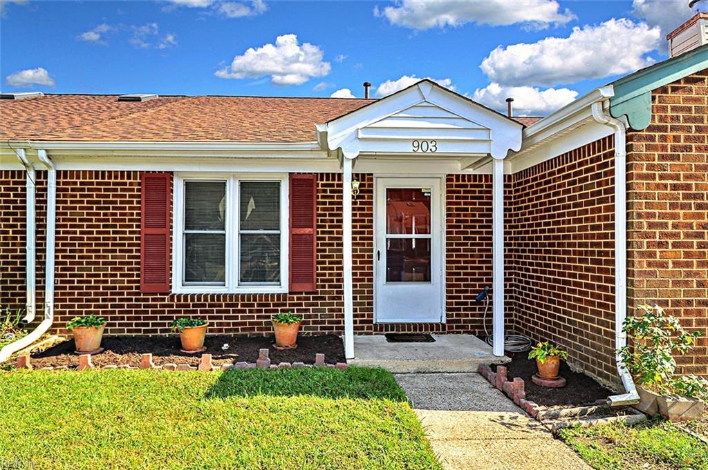 903 Wickford Drive, Chesapeake, VA 23320