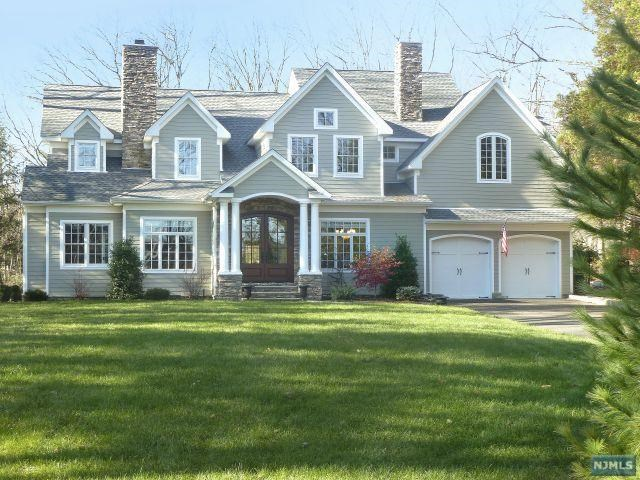Country Colonial, Saddle River, NJ 07458