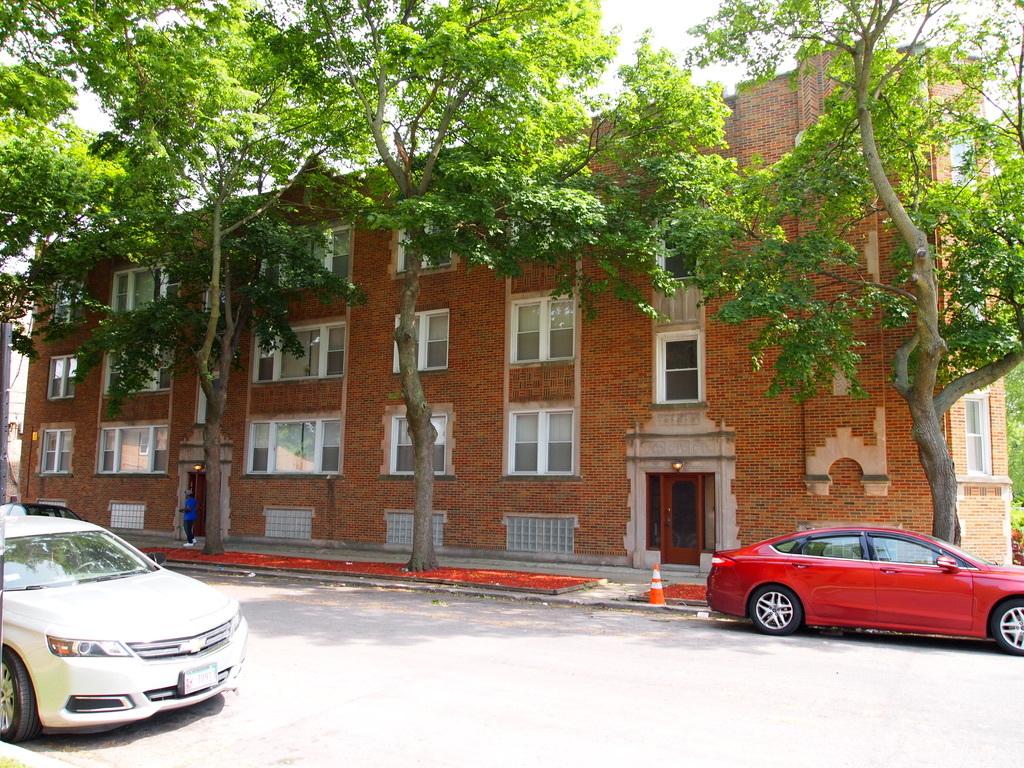 1905 E 86th Street, Chicago, IL 60617