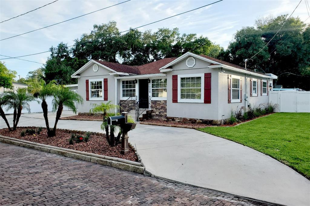 1008 N Lincoln Avenue, Tampa, FL 33607
