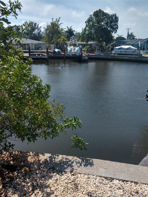10004 Cortez Road 105, Bradenton, FL 34210