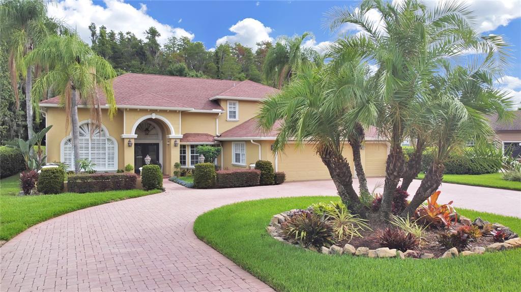 5063 Foxhunt Drive, Wesley Chapel, FL 33543