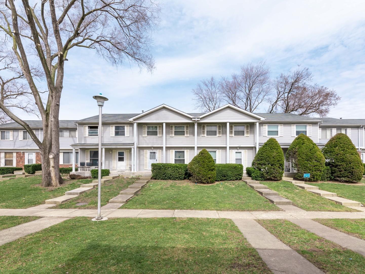 105 Jamestown Lane, Bolingbrook, IL 60440