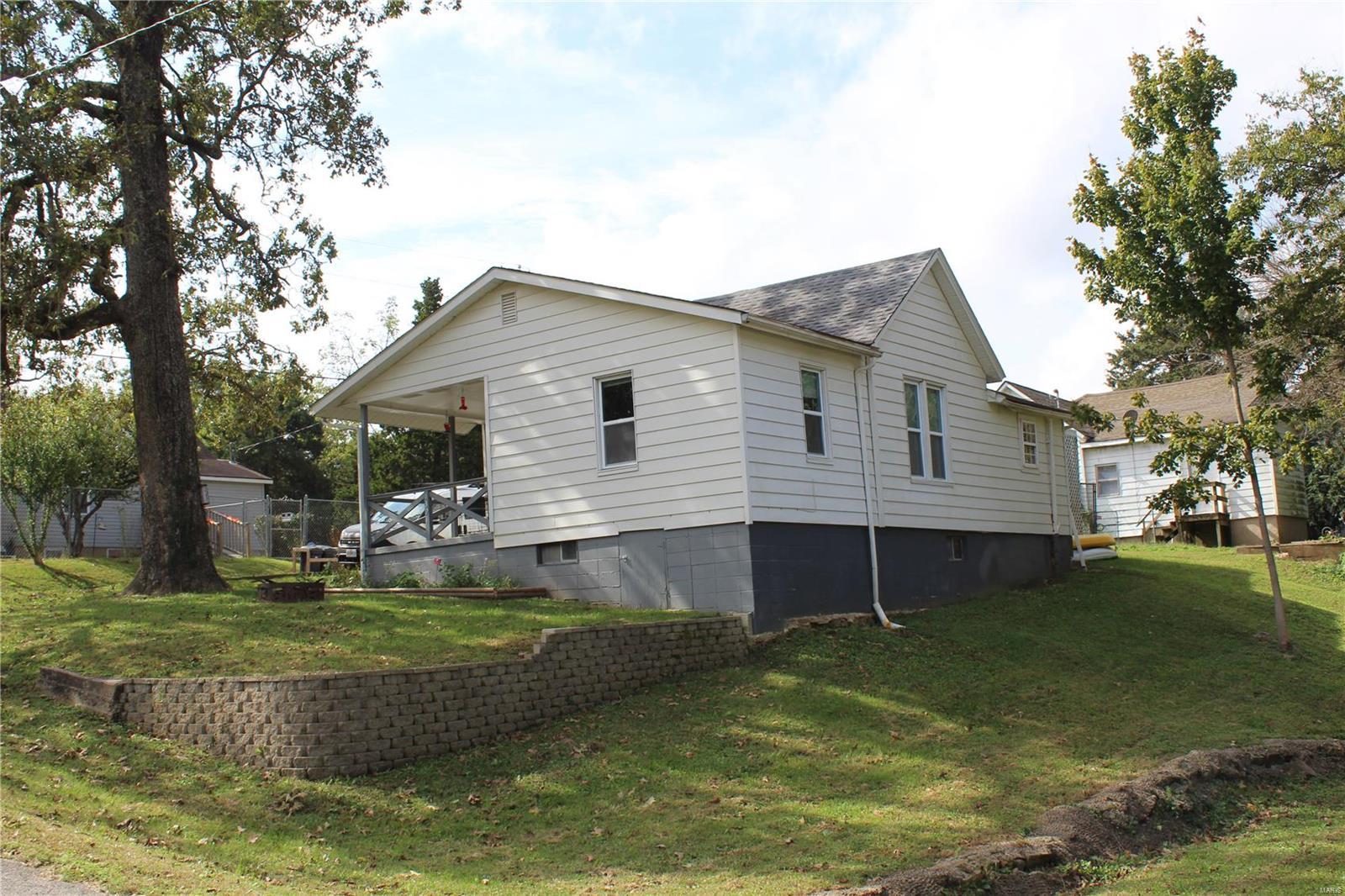1321 Mill Street, Poplar Bluff, MO 63901